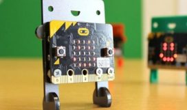 Intro-to-CS-with-MakeCode-for-Microbit-1-877x432